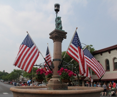 Geneseo Memorial Day parade draws crowd