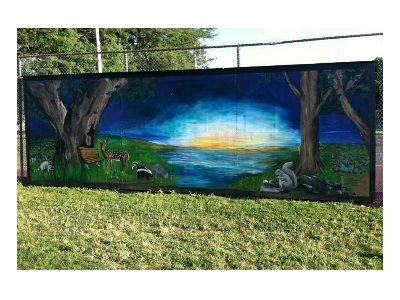 Highland Park mural brightens tennis courts