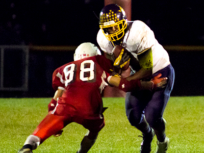 FOOTBALL: Golden Knights cruise past Letchworth Indians