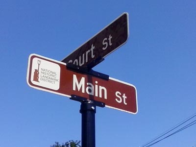 Village of Geneseo installing historic landmark street signs