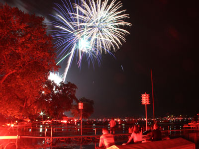 Spectacular fireworks light up Conesus Lake