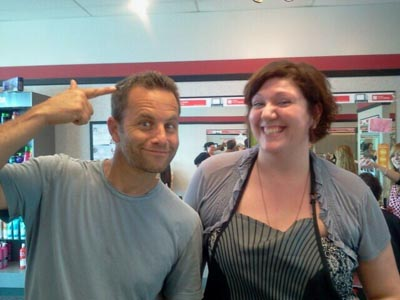 Kirk Cameron shocks stylist by walking into Cost Cutters