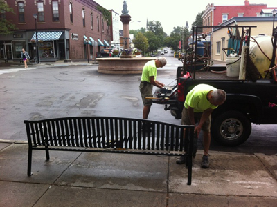 Main Street goes old school with installation of classic benches