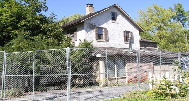 Demolition of Catuzza House Put On Hold Due to Safety Concerns