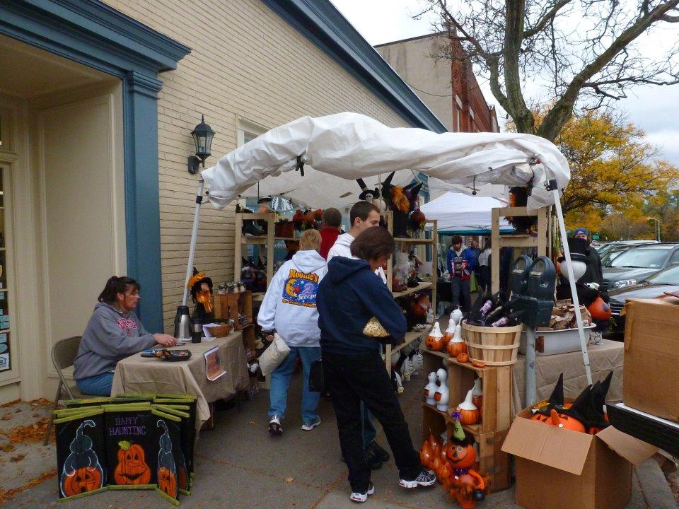 Local Merchants Plan for Autumn Fest
