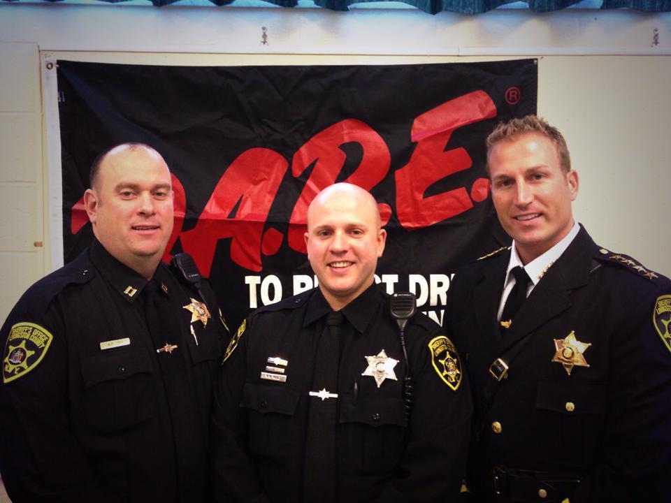 Sheriff Deputy Holt Completes DARE Training