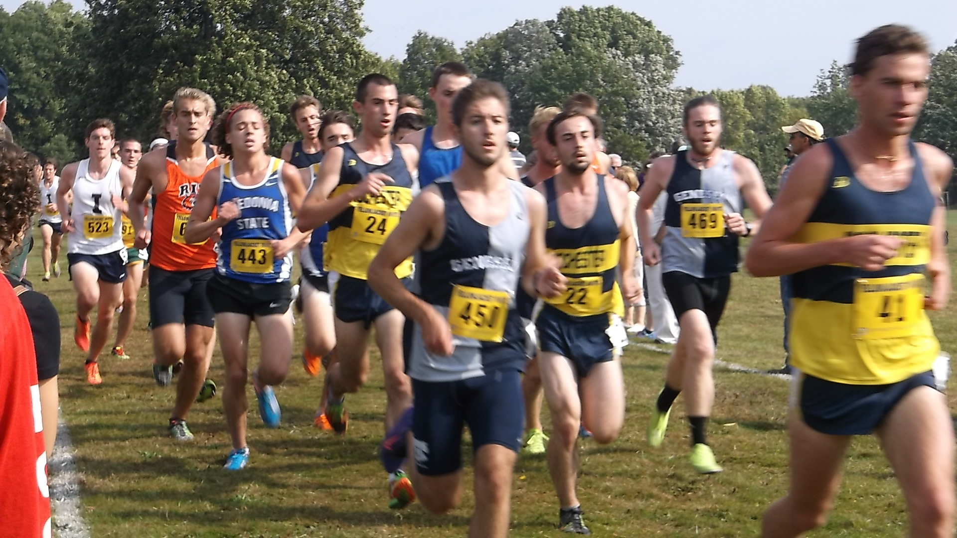 COLLEGIATE CROSS COUNTRY: SUNY Geneseo Shows Up Strong