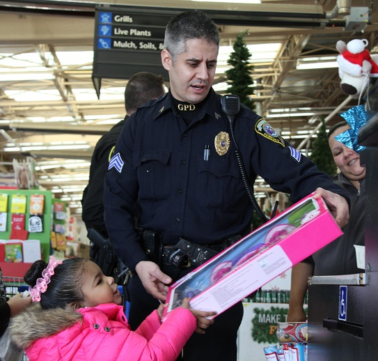 Christmas Toy Shopping with Cops Rescheduled for Dec. 19