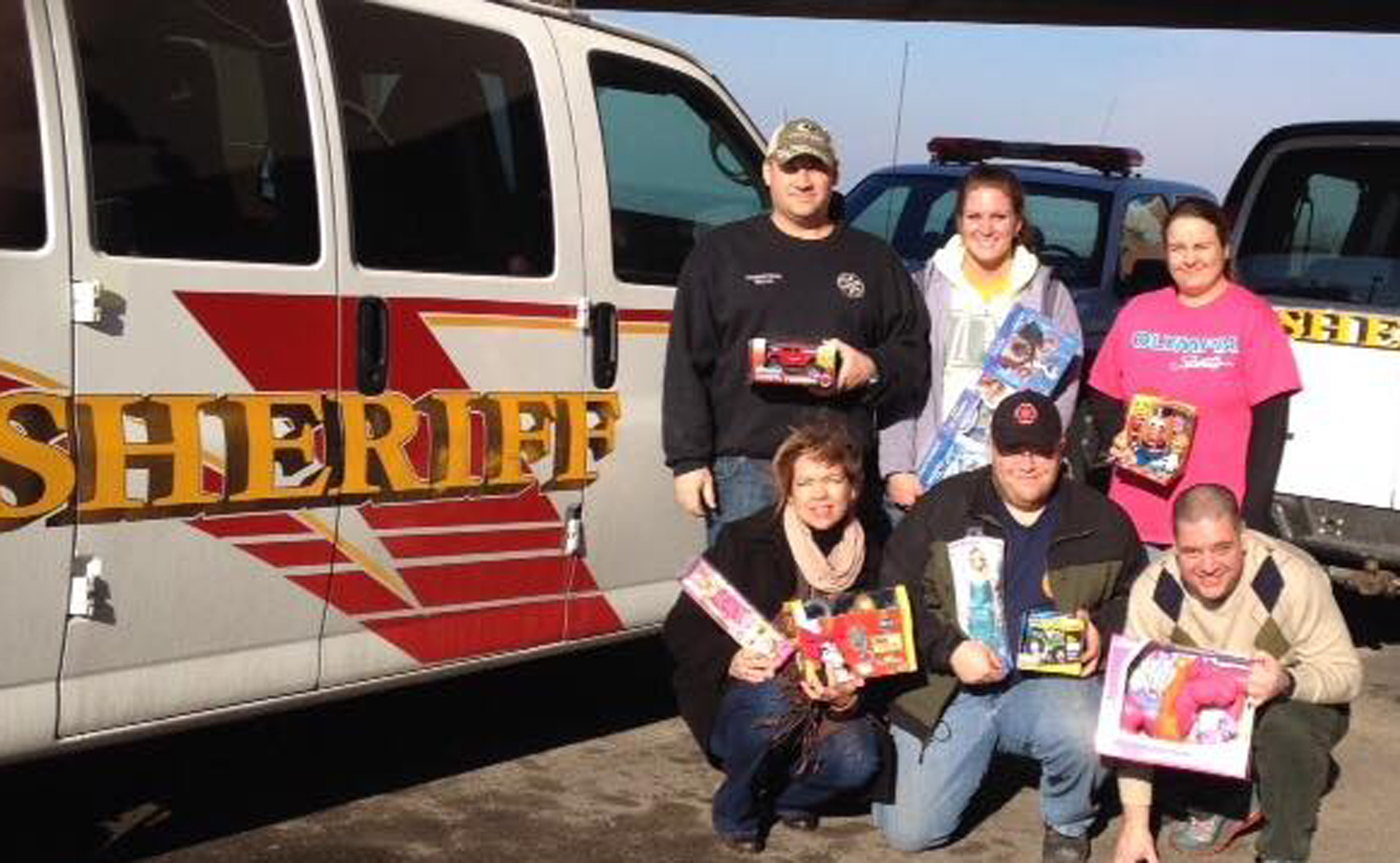 Local Organizations Come Together to Help 12 Families During Holidays