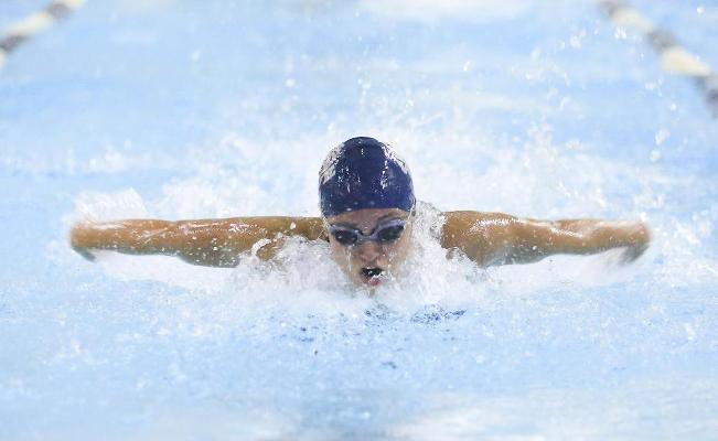 SUNY Geneseo: Women's Swimming & Diving Overcomes RIT