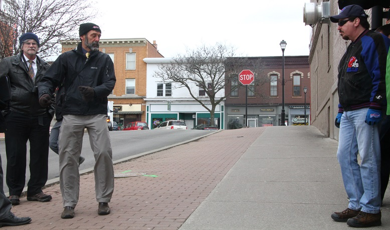 'Walkability' Expert Prescribes Traffic Circles for Village of Geneseo