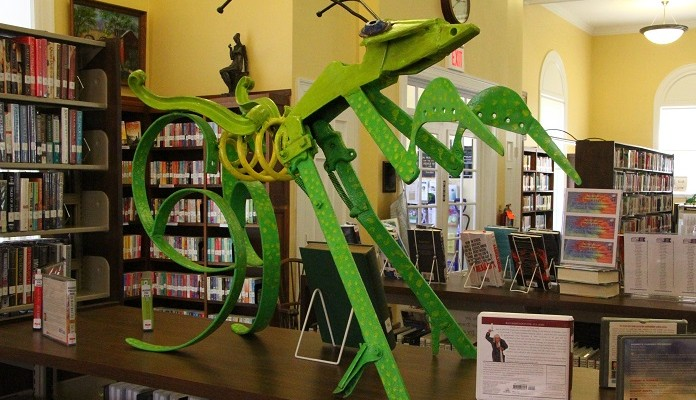 Community-Driven Avon Library Swarming with Students' Bug Sculptures