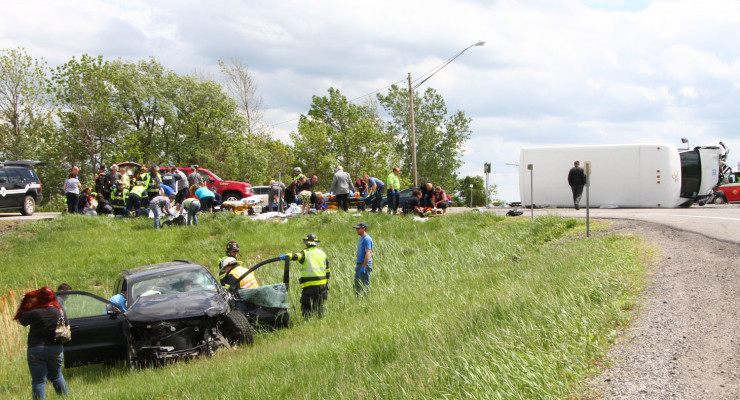 Outpouring of Citizen Aid Helped in Chaos of Arc Bus Accident