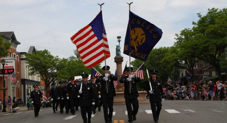 Main Street Parade Reminds All of the Sacrifice of Veterans