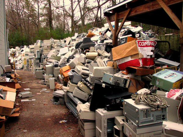 060215 e waste garbage
