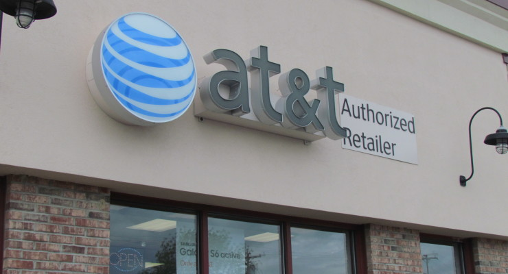 AT&T Opens Shop on 20A in Town of Geneseo