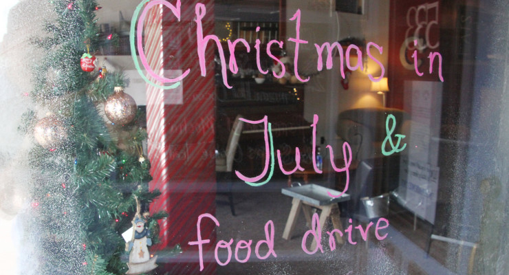 Christmas in July Brings Snow and Specials to Cricket's Coffee in Geneseo