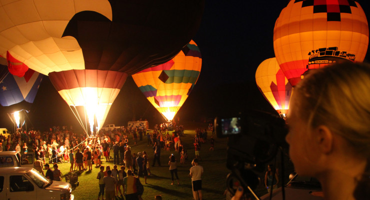 WATCH: New York State Hot Air Balloon Festival Starts With a Glow