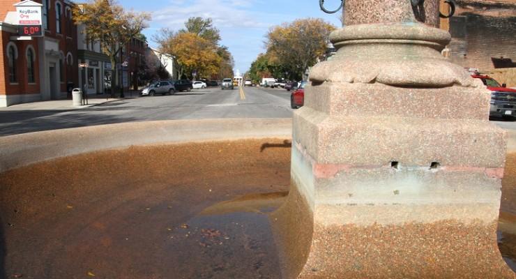 Geneseo's Bear Fountain Hibernates for Winter