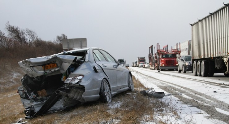 390 in Avon Shut Down for More than a Dozen Accidents