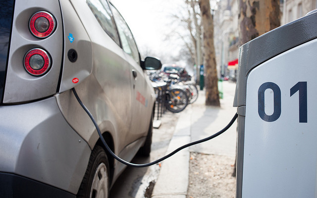 Clean Communities Program Plugs Electric Car Charge Stations at Geneseo Village Board