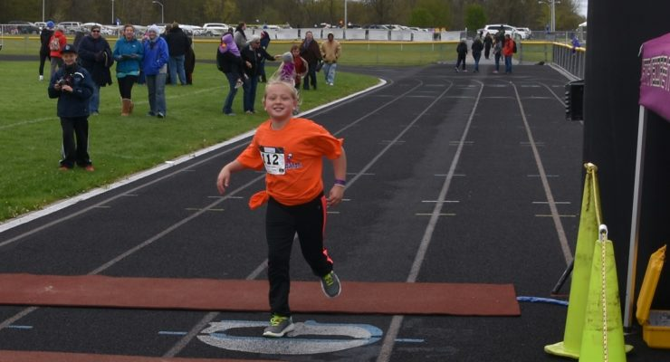 Livingston County Kids Brave May Snow at Little Lakes Triathalon