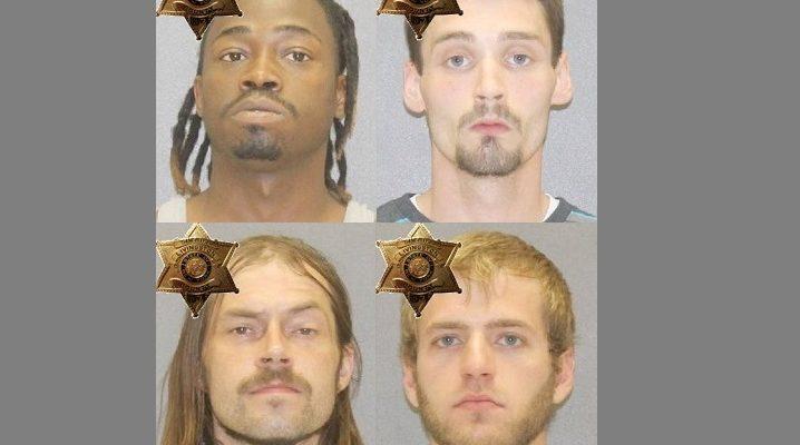 Sheriffs Catch 4 Running Crack Through 390 Avon