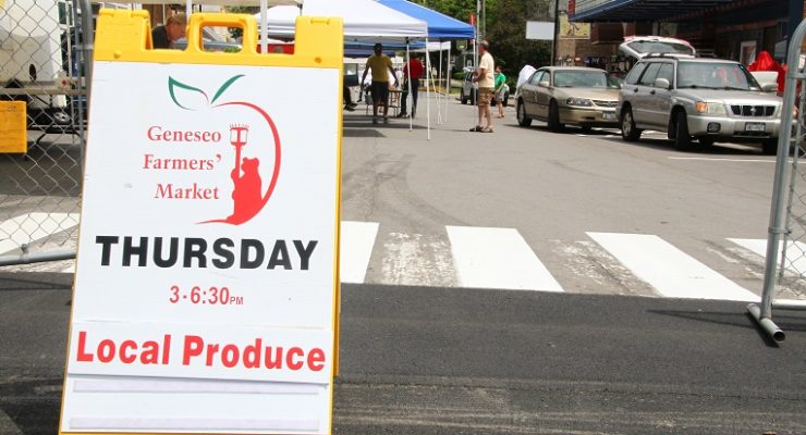 The Sunny Season Brings Farmer's Market to Geneseo