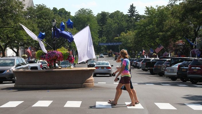 Village Bustles on SUNY Geneseo Move-In Weekend