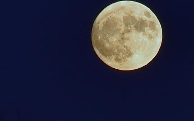 'Super Moon' to Return for Second Night
