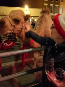 Reilly meets a merry friend. (Photo/Christmas in Nunda via Facebook)