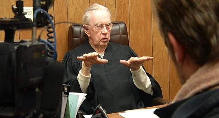 York Judge to Resign While Under Investigation