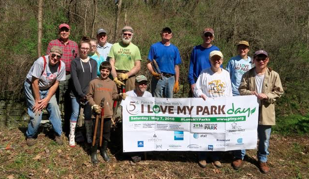Friends of the Greenway Ready for Spring Cleaning on 'I Love My Park Day'