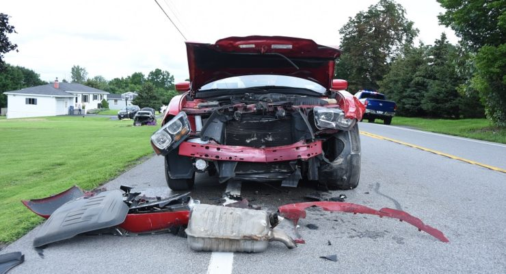 Livonia Crash Seriously Injures 2