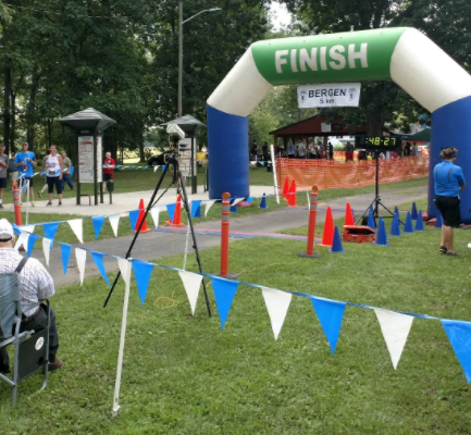 Elites and Casual Runners Take the Field at Bergen 5K