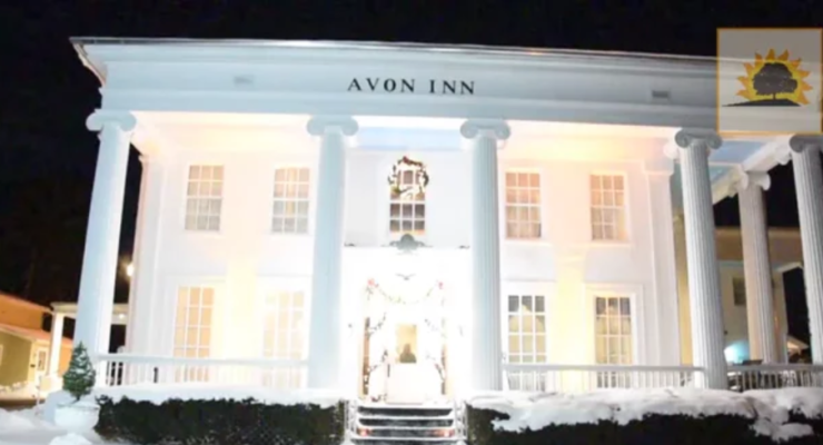 SUN VIDEO: New Years, Avon Inn Opens Door on New Era as Full Bar and Restaurant