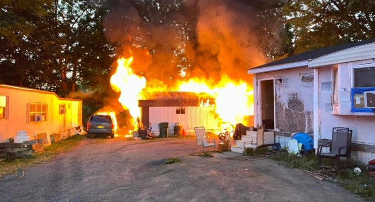 LAKE FORREST TRAILER FIRE  TOTAL LOSS, PETS PERISH