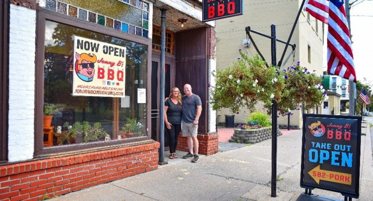 Lima's Johnny B's Custom BBQ Celebrates Grand Opening Today