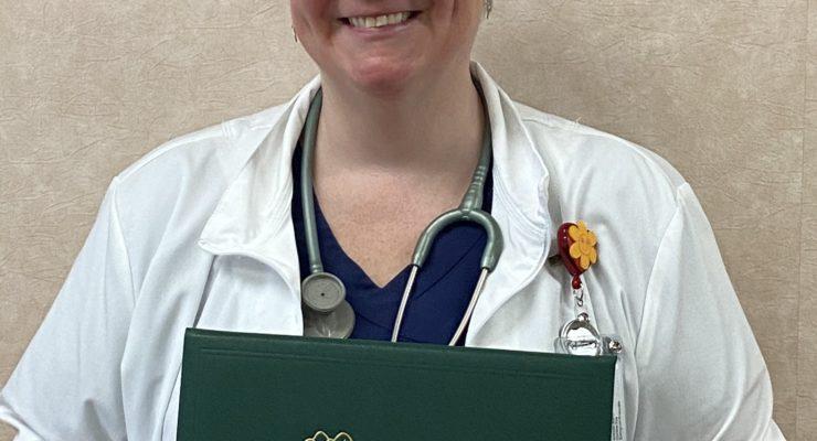 NOYES HEALTH NURSING DIRECTOR RECOGNIZED WITH LEADERSHIP AWARD