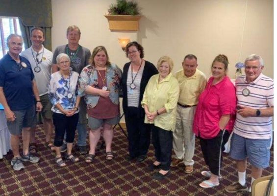 Geneseo Rotary Club Recognizes Outgoing President & Welcomes New President